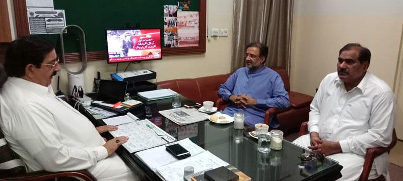 Senior PPP leader Qamar Zaman Kaira calls on Khurram Nawaz Gandapur