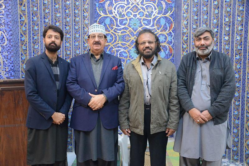 Calligrapher of Prophet Mosque Shafique-uz-Zaman visits MQI secretariat