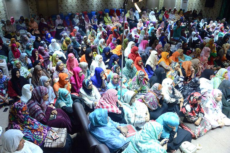 Dr Hassan Qadri addresses training session of Women