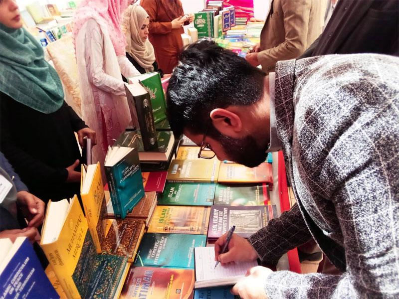 Minhaj-ul-Quran Women League puts up a stall at the 11th Karachi Literature Festival
