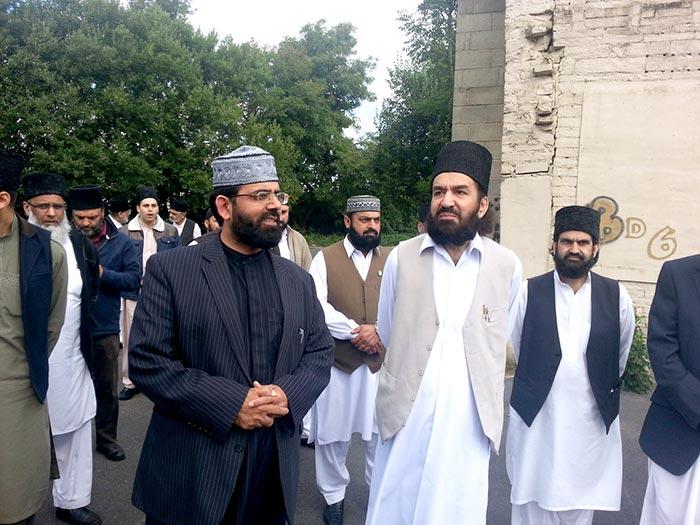 Peer Naqeeb ur Rehman Sahib visits Mega Project site