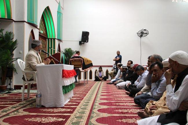 Sheikh Zahid Fayyaz aunt's funeral prayer