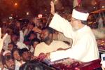 شیخ الاسلام ڈاکٹر محمد طاہرالقادری طویل دورہ یورپ کے بعد وطن واپس پہنچ گئے۔
