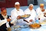 شیخ الاسلام کیساتھ مرکزی سیکرٹریٹ کے سٹاف کا افطار ڈنر