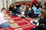 بارسلونا کے مشہور کالج Institut Thau کے طلبہ کا منہاج اسلامک سنٹر بارسلونا کا معلوماتی دورہ