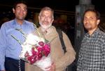 ڈاکٹر عابد عزیز خان اجتماعی شادیوں کی تقریب میں شرکت کے لئے پاکستان پہنچ گئے۔
