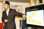 ترکی کے سفیر حیاتی گیون کی MQI درامن، ناروے کے مرکز کا دورہ