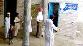 منہاج ویلفیئر فاؤنڈیشن کے ڈائریکٹر کا متاثرین سیلاب کے لیے زیر تعمیر مکانات کا دورہ