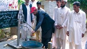 پلندری آزاد کشمیر میں منہاج ویلفیئر فاؤنڈیشن کے تحت واٹر پمپ کی تنصیب