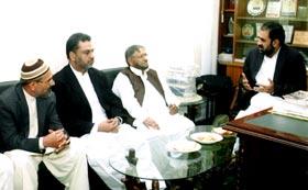 جماعت اسلامی کے مرکزی ڈپٹی سیکرٹری جنرل فرید پراچہ کی ناظم اعلیٰ ڈاکٹر رحیق احمد عباسی سے ملاقات