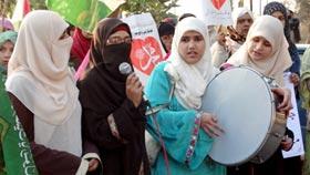 "Minhaj-ul-Quran Women League Islamabad Take Out huge ""Candle Walk"" to welcome Rabi-ul-Awwal"