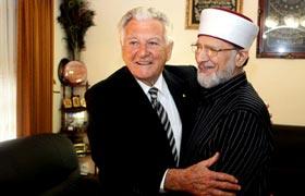 Former Prime Minister of Australia hosts Dr Muhammad Tahir-ul-Qadri