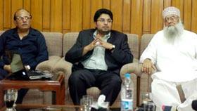Dr Hussain Mohi-ud-Din Qadri briefs delegation of Senior Management Course