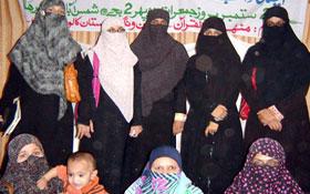 منہاج القرآن ویمن لیگ گلستان کالونی (کراچی) کے زیراہتمام گستاخانہ فلم کے خلاف احتجاج