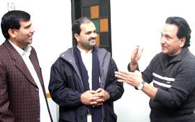 منہاج القرآن کے وفد کی ٹیسٹ کرکٹر عبدالقادر اور عطاء الرحمن سے ملاقات