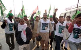 عوامی استقبال جلسہ، الہ آباد قصور سے 23 بسوں کے قافلہ کی شرکت