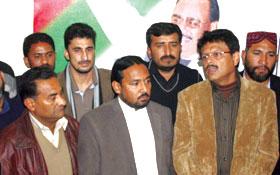 پاکستان عوامی تحریک کے وفد کی ایم کیو ایم کے ذمہ داران سے ملاقات