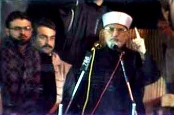 Dunya News: Qadri asks govt to dissolve assemblies