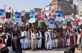 ڈسکہ : تحریک منہاج القرآن کے زیراہتمام عید میلاد النبی (ص) کا جلوس