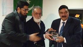 Sheikh Rasheed Ahmad visits MQI London