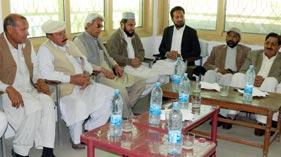 مردان: مرکزی قائدین پاکستان عوامی تحریک کے  اعزاز میں عادل نیاز کا عشائیہ