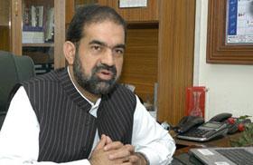 صدر پاکستان عوامی تحریک ڈاکٹر رحیق عباسی سے منہاج القرآن برطانیہ کے وفد کی ملاقات