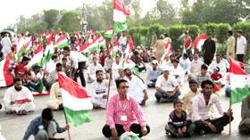 کراچی: پاکستان عوامی تحریک و تحریک منہاج القرآن کا کرپٹ نظام انتخاب کے خلاف پرامن دھرنا