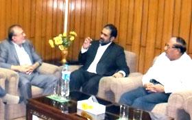 لاہور: ایرانی قونصل جنرل آغا بنی اسد کی صدر پاکستان عوامی تحریک ڈاکٹر رحیق احمد عباسی سے ملاقات