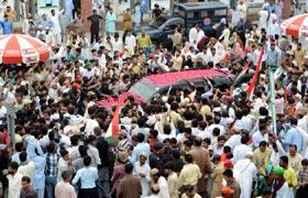 Dr Muhammad Tahir-ul-Qadri reaches Pakistan to attend Itikaf 2013