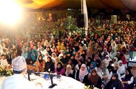 شہر اعتکاف 2013: والدین کے حقوق کی ادائیگی جہاد کرنے سے افضل ہے، شیخ الاسلام