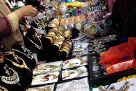 فرانس: منہاج ویمن لیگ فرانس کے زیر اہتمام مینا بازار