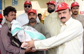 متاثرین سیلاب میں راشن کی تقسیم اور فری میڈیکل کیمپ
