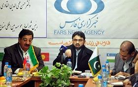عشق به اهلبیت (ع) ایران را به قدرتی جهانی تبدیل کرده است