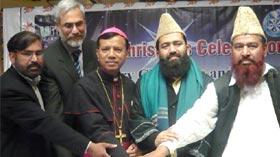 لاہور: ہیپی نیو ایئر 2014ء اور کرسمس تقریب میں ڈائریکٹر انٹر فیتھ ریلیشنز منہاج القرآن کی شرکت