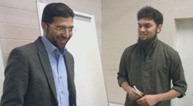 فن لینڈ: الشیخ ناصر علی اعوان کا منہاج ایجوکیشن سوسائٹی کے زیراہتمام قرآن کلاس کا وزٹ اور والدین سے ملاقات