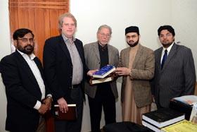 مذاہب کے درمیان مشترکات پر بہت زیادہ کام کرنے کی ضرورت ہے: ڈاکٹر حسن محی الدین قادری