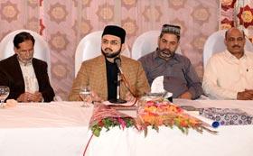 ڈاکٹر طاہرالقادری نے کرپٹ نظام کو مسترد کر کے حقیقی تبدیلی کی راہ دکھائی۔ ڈاکٹر حسن محی الدین قادری