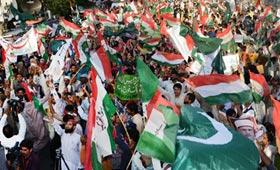 ریاست پاکستان کے تحفظ اور افواج پاکستان کے ساتھ اظہار یکجہتی کیلئے پاکستان عوامی تحریک کے ملک بھر میں مظاہرے