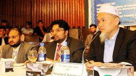 Dr Hussain Mohi-ud-Din Qadri presents paper on Islamic microfinance