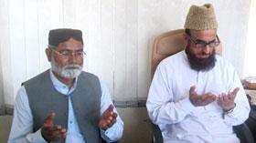 کراچی: مرکزی نائب ناظم اعلیٰ احمد نواز انجم کی مفتی منیب الرحمن سے ملاقات، بیٹے کے انتقال پر اظہار تعزیت
