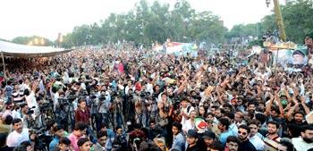 25 سیاسی جماعتیں انقلاب مارچ میں شریک ہونگی