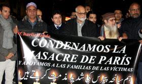 سپین: سانحہ پیرس کیخلاف بارسلونا کی پاکستانی کمیونٹی کا احتجاج، منہاج القرآن انٹرنیشنل سپین کی شرکت