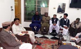 Jamshed Dasti calls on Dr Raheeq Abbasi in Muzaffargarh