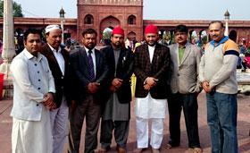 نئی دہلی (انڈیا): منہاج القرآن کے وفد کی اولیاء کرام کے مزارات پر حاضری