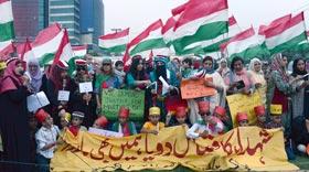 عوامی تحریک کی خواتین کی طرف سے وزیراعلیٰ اور آئی جی کیلئے چوڑیوں کے تمغوں کا اعلان