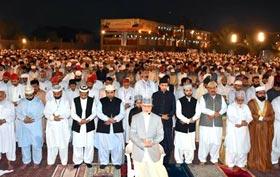 تحریک منہاج القرآن کا شہر اعتکاف لاہور میں آباد ہو گیا، ہزاروں سالکین معتکف