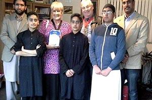 Mayor Angela Underhill visits Minhaj-ul-Quran Walsall