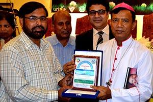منہاج القرآن انٹرفیتھ کے ڈائریکٹر سہیل رضا کیلئے کیتھولک آرچ بشپ کی طرف سے پیس ایوارڈ