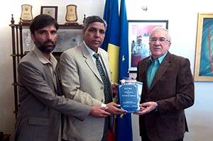 اسلام آباد: ڈاکٹر طاہرالقادری کی جدوجہد فروغِ امن کے لیے ہے: رومانین سفیر