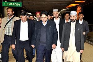 ڈاکٹر حسین محی الدین قادری کی ہانگ کانگ آمد، ایئرپورٹ پر شاندار استقبال